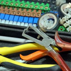 Elektrokleinteile